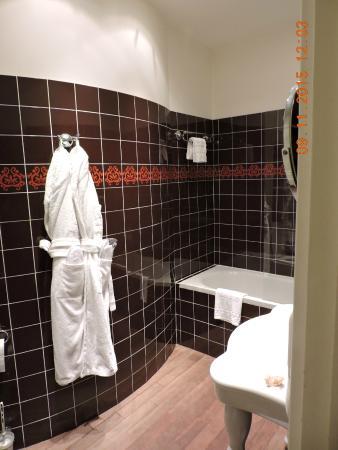 Hotel de Latour Maubourg: la salle de bains