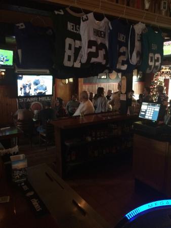 Dooley's Pub & Eatery