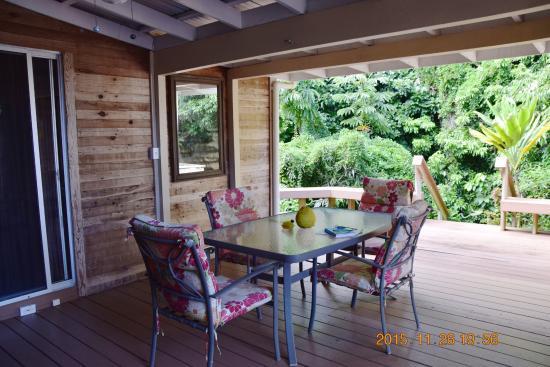 Pahoa, HI: Outdoor dining