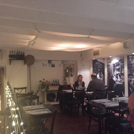 Stelázsi Café, Restaurant and Wine Bar: photo1.jpg