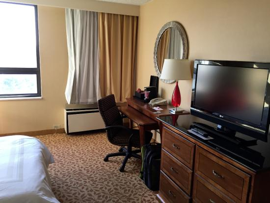 Albany Marriott: Image of old Marriott furniture and desk