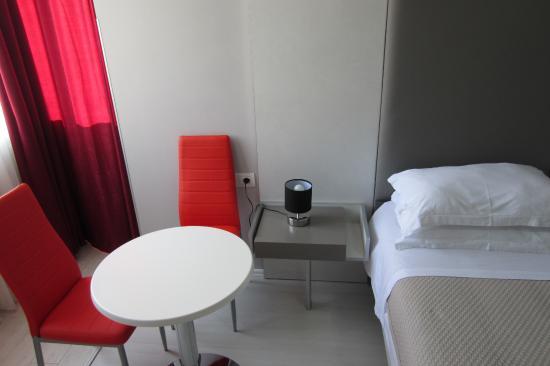 Freddy's Hostel : Single room