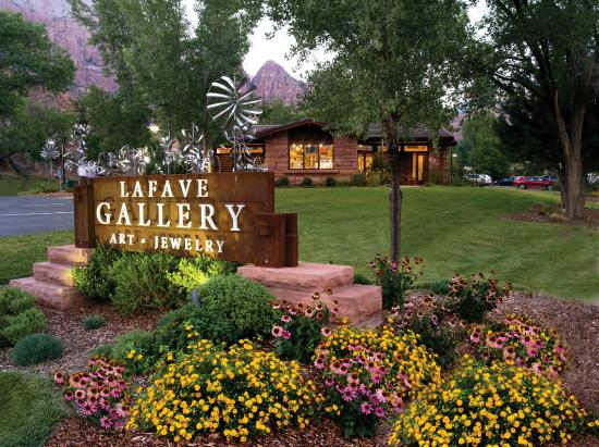 Springdale, UT: LaFave Gallery Exterior Photo