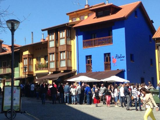 Pola de Siero, Spanien: Fachada