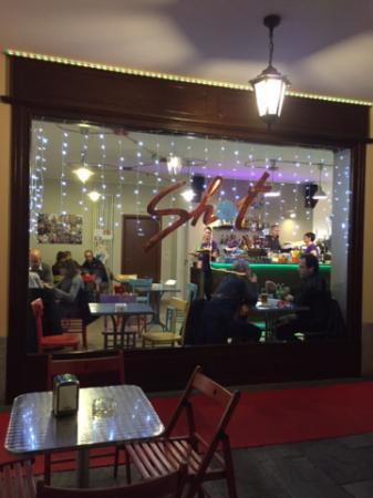 Shot Cafe'
