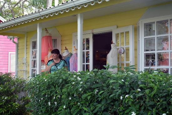 Best of Barbados Gift Shop: Boutiques in Holetown