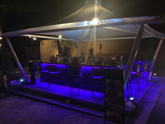 Asara Villa & Suite: Bar strand