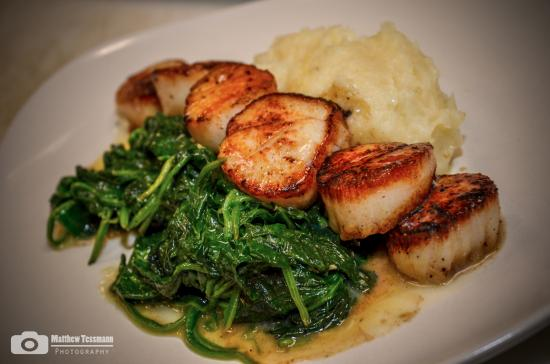 Burlington, WI: Scallops