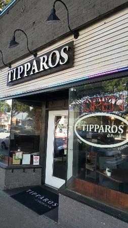 Tipparo Restaurant