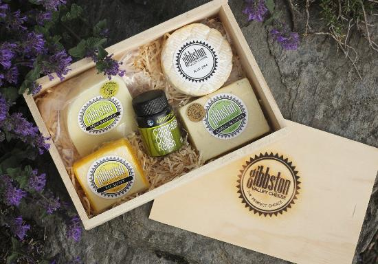Gibbston Valley Cheese: Keepsake Gift Box-Four Hand-made cheeses and a chutney