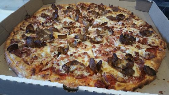 Black Rock Pizza: =)