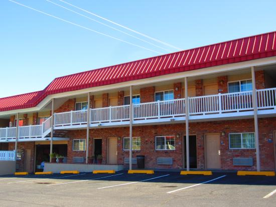 Days Inn Montrose : Hotel building