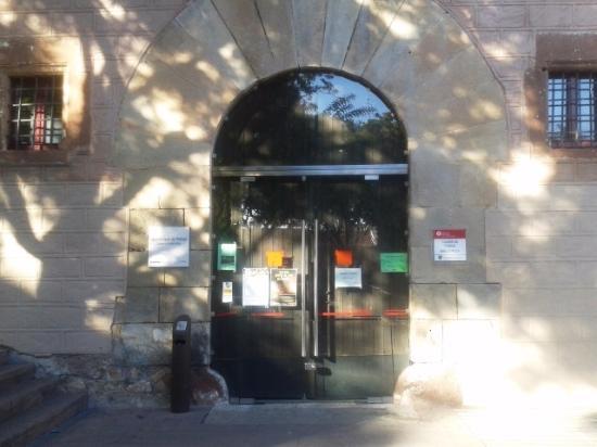 Castillo de Palleja: Entrada