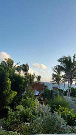 Blue Bay Beach Hotel: 20151203_065356_large.jpg