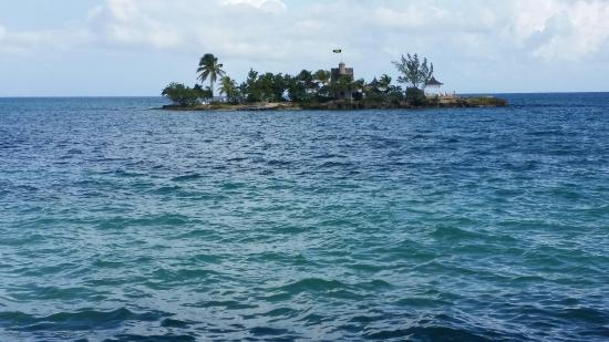 Beautiful Place To Visit Picture Of Couples Tower Isle Ocho Rios Tripadvisor