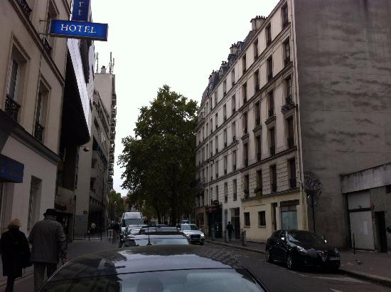 Comfort Hotel Nation  Rue Leon Frot
