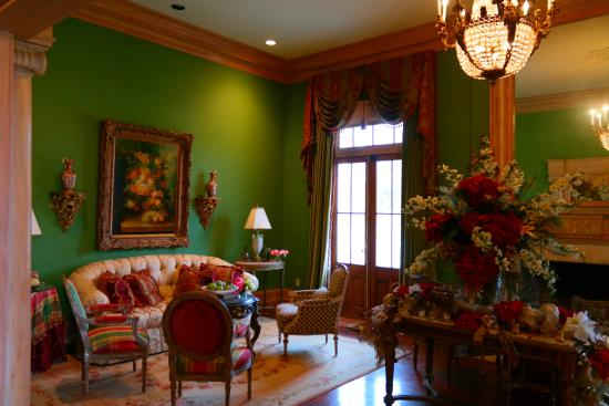 The Culberson House: Formal room view