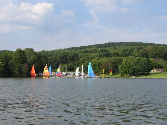 Portersville, Pennsylvanie : Paseando por el lago