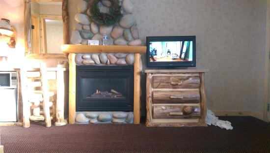 Spirit Lake Lodge: view from couch in room
