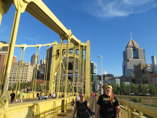 Roberto Clemente Bridge (Sixth Street Bridge): Puente 2