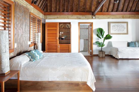 Toberua Island, Fiji: Stunning Rustic Chic Styling