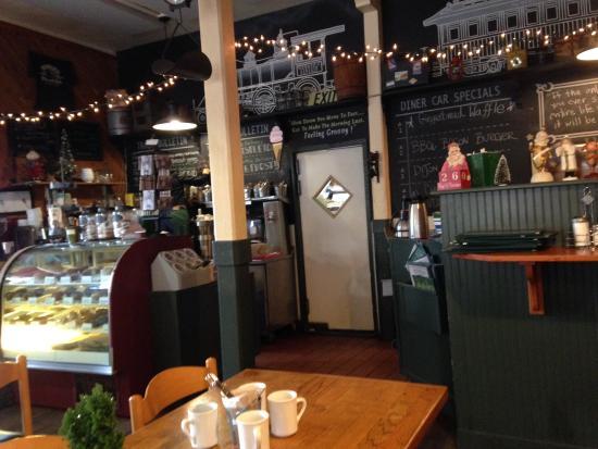 Howard's Cafe Bakery & Juice Bar: photo2.jpg