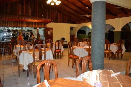 Natuga EcoLodge-Villas and Natural Reserve : restaurant