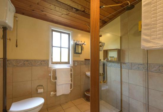 Waimauku, Yeni Zelanda: Cottage Bathroom