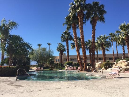 Miracle Springs Resort and Spa: Largest mineral pool
