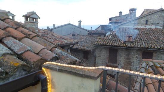 Monte Castello di Vibio, Itália: TETTI