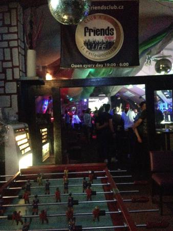 Friends Prague bar & club : bar