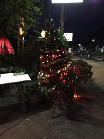 Ling Uan Fat Monkey Entrance Christmas Tree