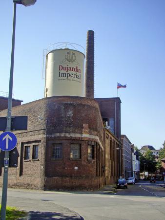 Weinbrennerei dujardin museum krefeld aktuelle 2018 for Dujardin imperial