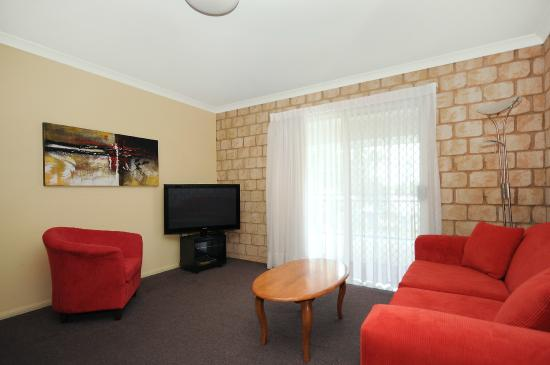 Great Divide Motor Inn : 2 Bedroom Balcony Unit
