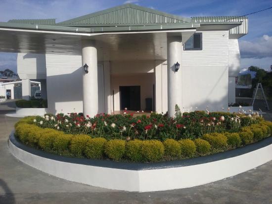 Mount Hagen, Папуа – Новая Гвинея: Rooms entrance