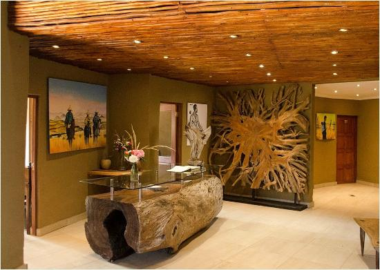 Maliba Mountain Lodge: Main Lodge Reception