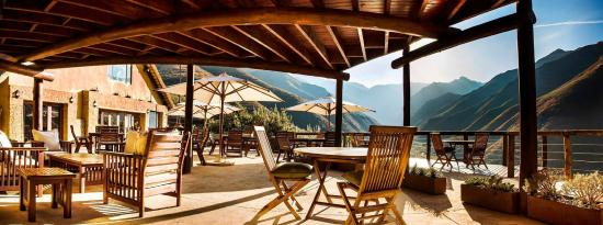Maliba Mountain Lodge: Main Lodge Deck