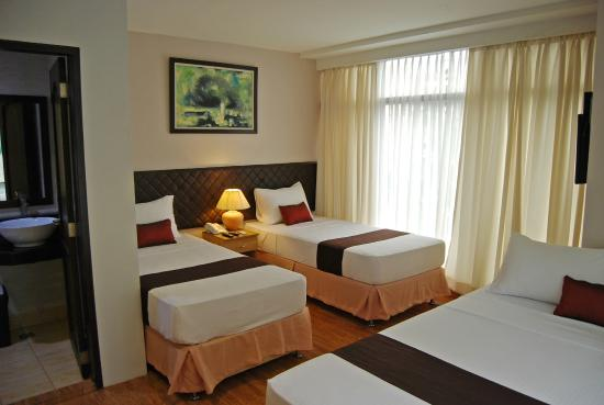 Capitol Central Hotel and Suites: Family Room A
