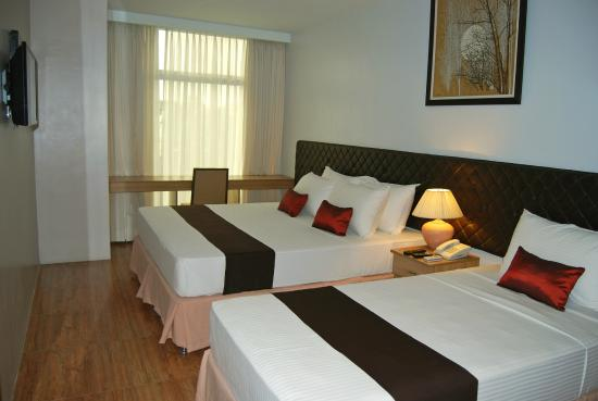 Capitol Central Hotel and Suites: Family Room B