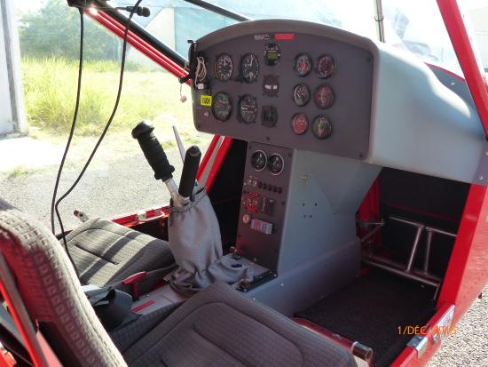 L 39 int rieur de l 39 ulm picture of planetair974 saint for Interieur 607