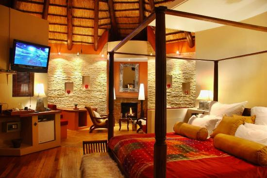 Maliba Mountain Lodge : Main Lodge Room