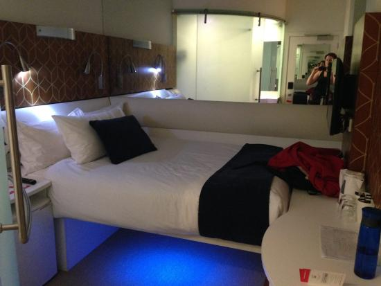 Room Aka Space Station Andromeda Picture Of Breakfree On Cashel Christchurch Christchurch Tripadvisor