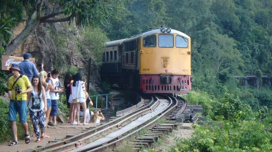 photo0.jpg - Picture of Thai-Burma Railway (Death Railway), Kanchanaburi - Tr...