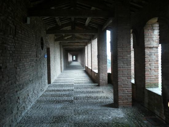 Imola, Italia: CAMMINAMENTO