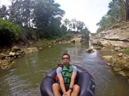 Goa Pindul Gelaran: Rafting