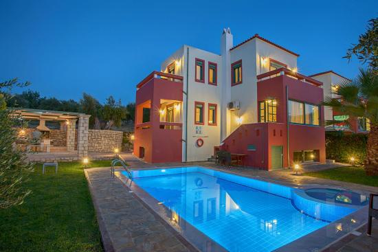 Alkyonides Villas
