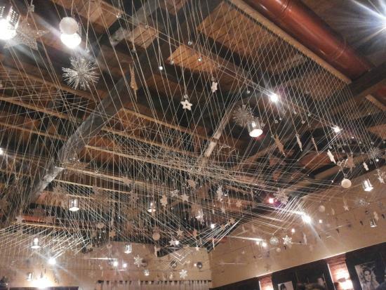 Decorazioni natalizie al soffitto foto di i love bdg bassano