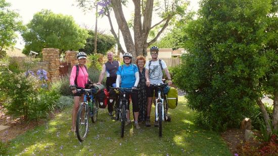 Addo Reach and Hein's Cottage: Our group of cycle tourers at Hein's Cottage