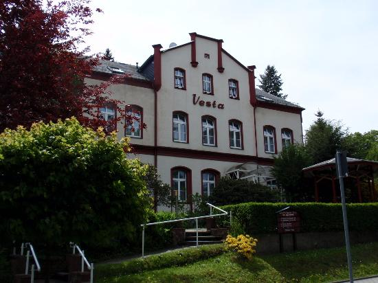Hotel-Pension Vesta
