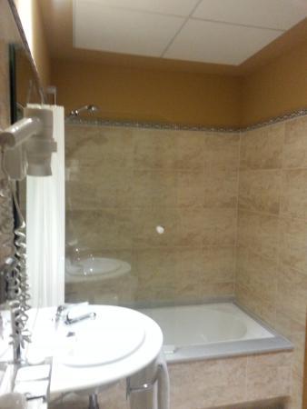 Hotel Punta del Este: Bath
